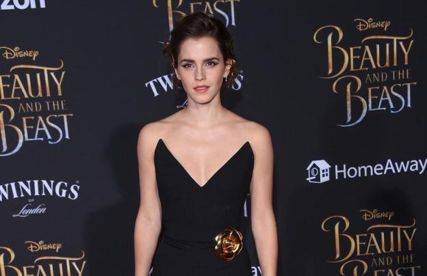 Emma Watson - Green Carpet sustainable fashion.jpg