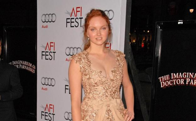 Lily Cole - green carpet - sustainable fashion.jpg